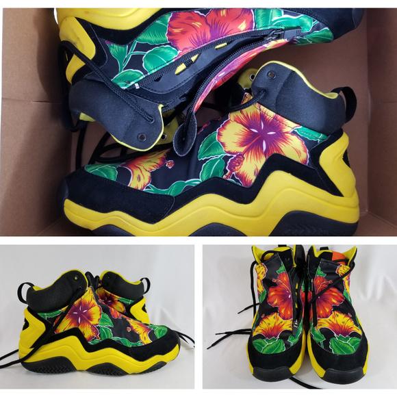 new arrival 3bb09 19b90 Jeremy Scott x Adidas Other - Adidas Jeremy Scott Instinct Hi shoes Top JS  Flora